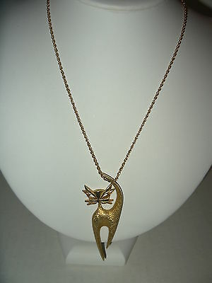 Cute Vintage Signed H.C. Co. 1961 Goldtone Abstract Cat Pendant & Chain Necklace