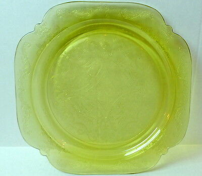 Amber Madrid  Dinner Plate  Federal Glass 1976 Recollection