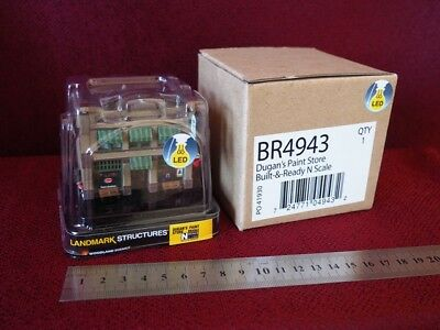 *NEW* PRE-BUILT Dugan's Paint Store with LED lights N scale Woodlands Scenics