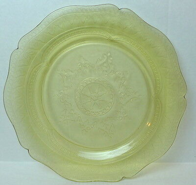 """Patrician Plate Yellow Spokes Pattern Dinner  Federal Glass 11"""""""