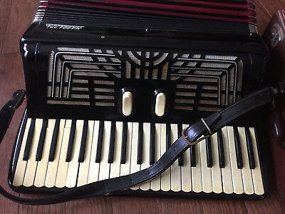 VINTAGE MARRAZZA RARE ACCORDION Original Case from the 50's