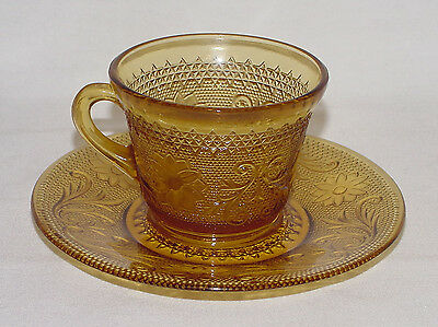 """FOUR PERFECT Vintage Amber Indiana """"SANDWICH"""" Cups & Saucers!"""