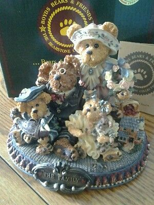 Boyds Bears & Friends Limited Edition 1999 The Family