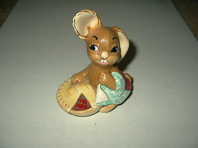 Vintage Early PENDELFIN Bunny Pieface - Made In England - Hand Painted