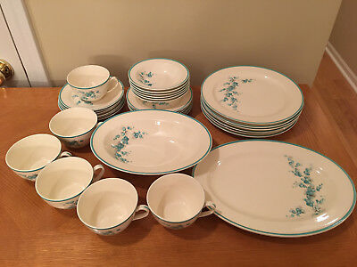 Edwin M. Knowles China 32 pcs Aqua or Teal on Off White