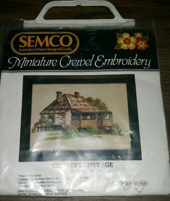 Semco Miniatures Crewel Embroidery 'Country Cottage' No 1167