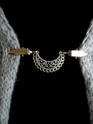 Cardigan, Sweater, Blouse Clips/Clasps (crescent)
