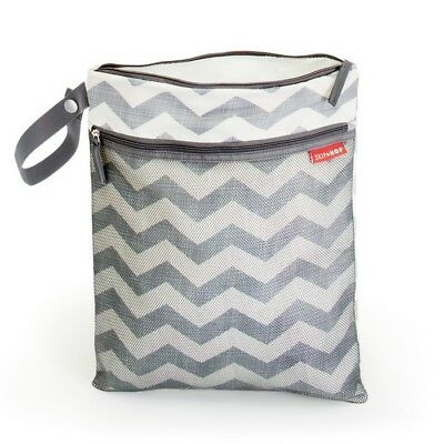 NEW Skip Hop Grab & Go Wet/Dry Bag - Chevron