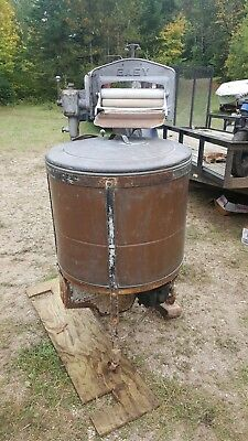 Antique Copper Easy Wringer Washing Machine (circa 1920s)