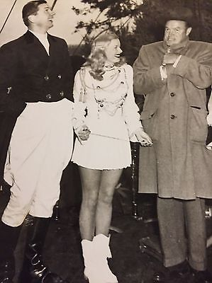 Bob Hope-Mary Hartline, Chilly Parade 1953 Chicago, Autographed To Buyer
