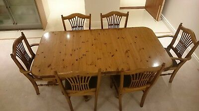 Pedastal Table & 6 Chairs
