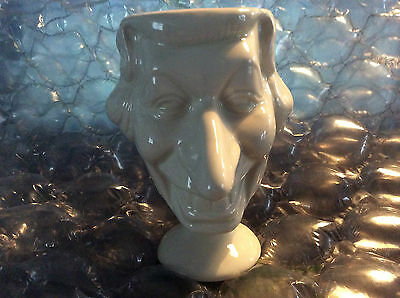 Luck Flaw Spitting Image Hm Queen Elizabeth Egg Cup