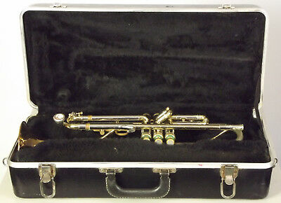Nice Vintage 1963 Olds Special Trumpet Outfit