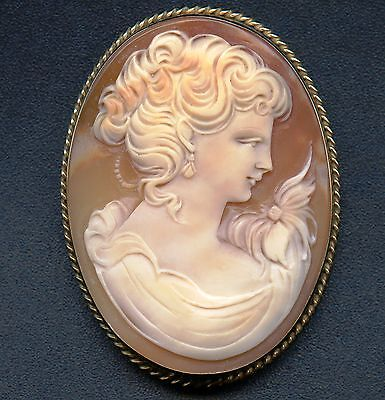 14K Gold Vintage Cameo Pin Lady With Flower On Shoulder (16.2 Grams 54mm x 40mm)