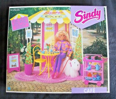 Sindy Cafe (Hasbro, 1992). (Coffee, No Doll). Mint! Brand New Old Stock!