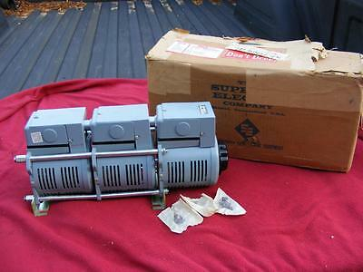 NOS Superior Powerstat Variable Auto Transformer 216BT-3 0-560V 3 Phase 3.5A