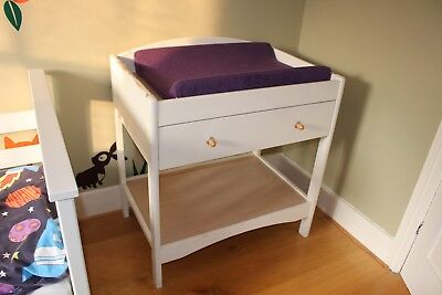 Baby changing table with storage draw and mamas and papa's washable changing mat