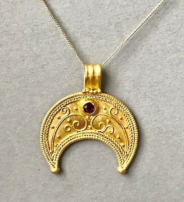 BEAUTIFUL Ancient Greek Hellenistic Solid Gold Lunate Pendant