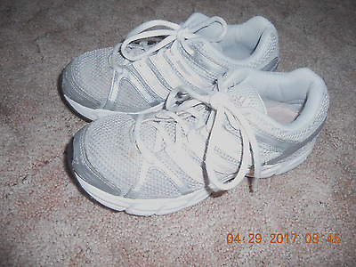 Adidas Girls Athletic Shoes Size 4 1/2 Gray & Pink