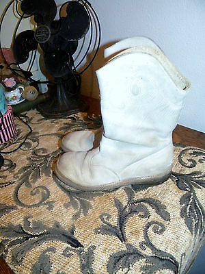 Vintage Girls Boots~White~Cowgirl or Parade Baton ~Light Tread~1950's?