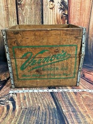 Vintage Vernor's Ginger Ale Wood Crate Bottles Detroit Advertising 11-62 Cents