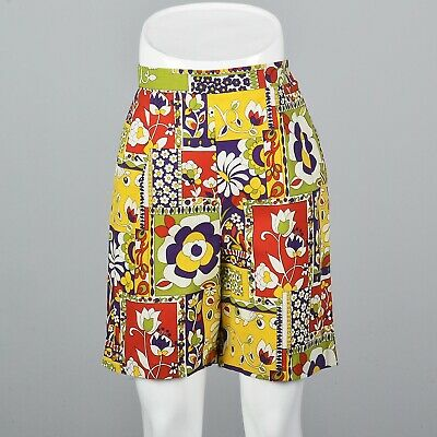 M Vintage 1960s 60s High Waisted Casual Summer Shorts Bermuda Printed Cotton