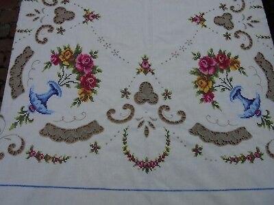 Huge Banquet Vintage Hand Embroidered Cotton Roses Table Cloth & 8 Napkins