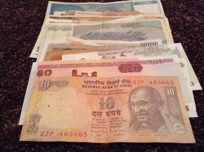 Bulk Banknote Lot. 25 X World Banknote. All Different. Mix Of Old And New Notes.