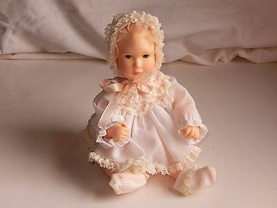 """Vintage Effanbee Baby Lisa Doll by Astri Campbell Christening 10"""" 1980 FREE SHIP"""
