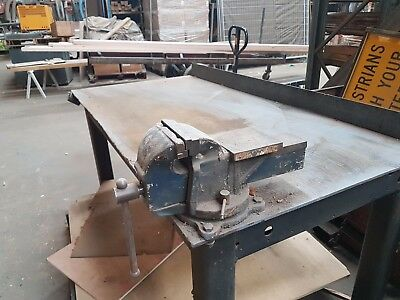 Steel welding table with vice  approx  900x1800  $299