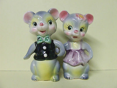 Vintage Anthropomorphic Mr. & Mrs. Bear Couple Dressed Up Salt & Pepper #YM21896