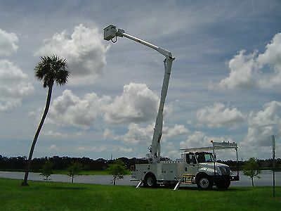 09 Bucket 60Ft 54K 517 Hour 6 Spd International 4300 Truck  Boom Diesel Material