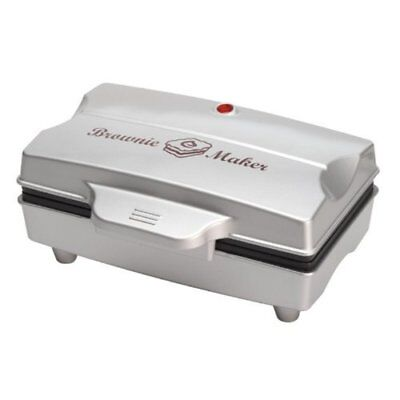Tristar Brownie Maker for 6 Brownies with Silver Housing, Black