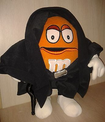 M&M 2005 Plush Wrestler Orange