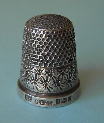 1952 Henry Griffith & Son Solid Silver Thimble Hallmmarked Birmingham