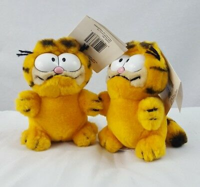 Vintage 1978 Garfield Mini -Dakin lot of 2
