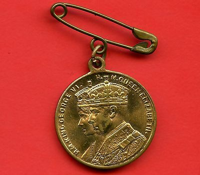 King George VI Commemorative Pendant with Pin (Made In England) 25 mm