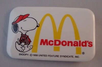 Vintage 1980's McDonald's Peanuts Snoopy Rectangle Employee Button Pin