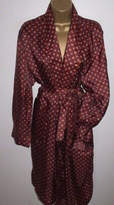 Fabulous Vtg Style Red Paisley Robe Size L