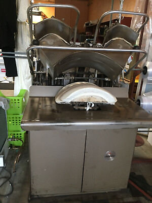 Collar-Cuff Laundry Press: Triple Head, Stacked, Water Spray: WORKS