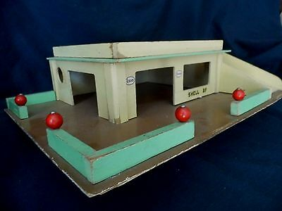 Vintage Wooden Toy Garage 50s 60s - handmade, for corgi & dinky type cars