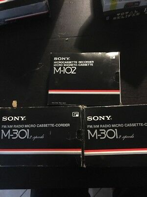 Lotto 3 Sony Microcassette Recorders : 2x M301/ 1x M102
