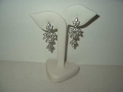 Fancy Vintage SARAH COVENTRY Silvertone & Clear Rhinestone Dangle Clip Earrings