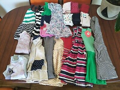 Most size 4 a few 3's & 5's. Bulk Girls clothes. Fit a 4 yr old. Quality brands!