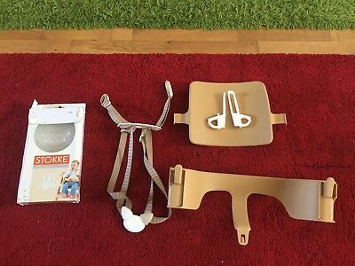 Stokke Tripp Trapp baby set in light brown and harness in beige