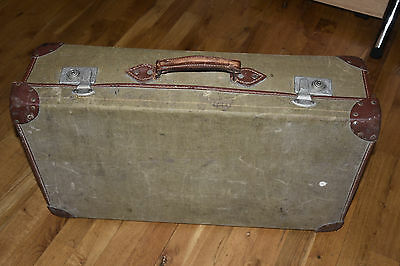 Vintage military mens large suitcase , green, travel suitcase, old Large