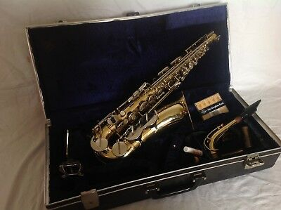 Alto sax saxophone B & H 400 Boosey and Hawkes With Hard Case & More.