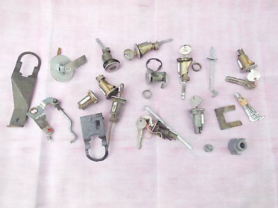 Vintage Assorted Lot Of Ford Locks With Keys