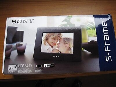 "Sony Digital Picture Frame 7""  - DPF-A710 - New - Black Frame"