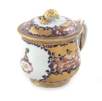 Chinese armorial pot-de-creme, Hussey of Scotney Castle Lot 235
